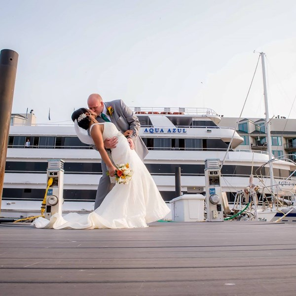 Nautical weddings with Smooth Sailing Celebrations offer fabulous moments on land and at sea